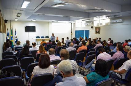 Gestores participando de evento sobre prestação de contas 2017