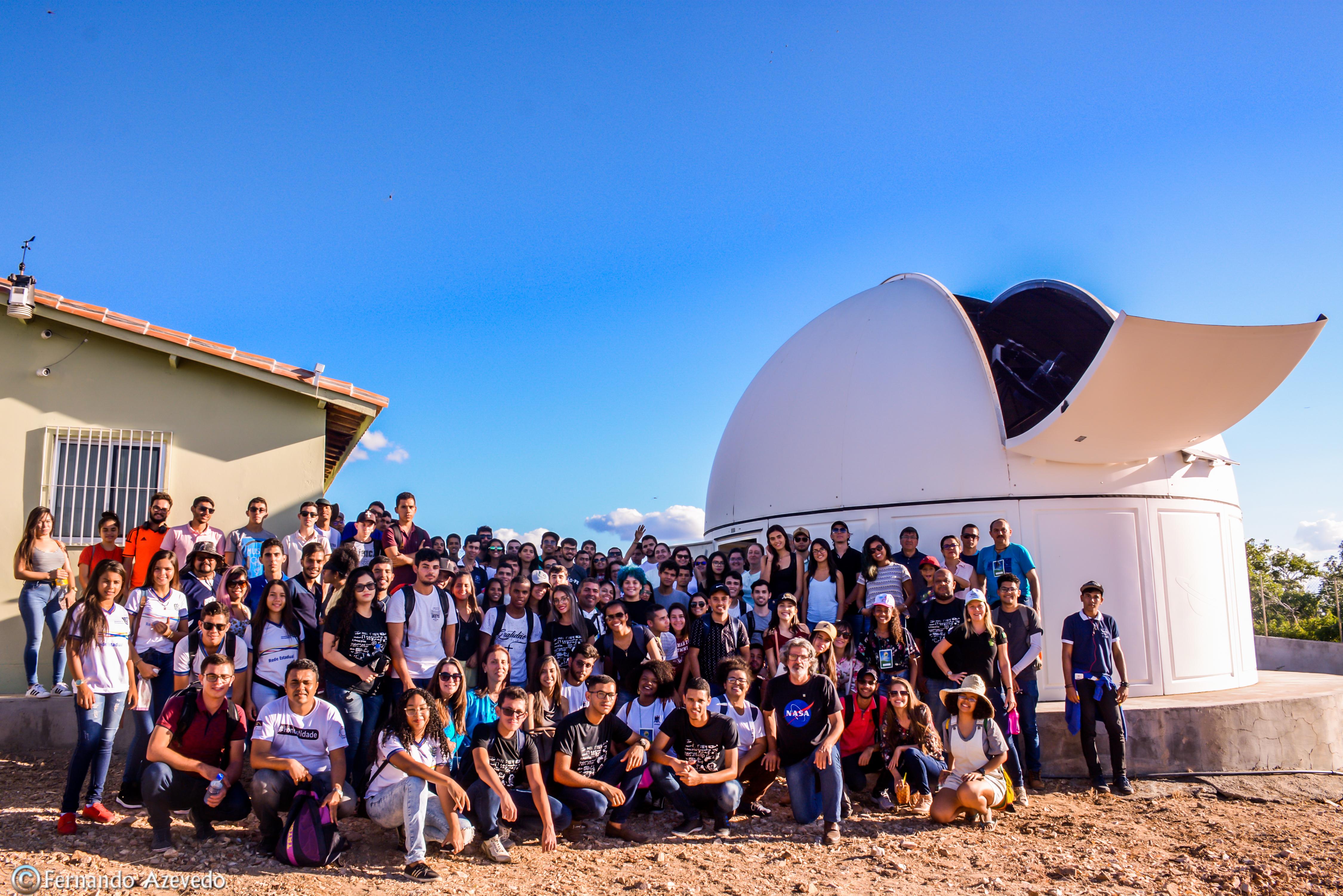 grupo reunido no observatório do sertão de itaparica
